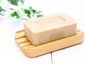 わきがが軽度の時の対策3.入浴時に石鹸で脇を洗う